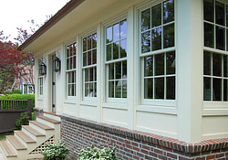 Exterior Of Sunroom Via Gulfshore Design | Enclosed Front within Small Farmhouse Plans With Porches And Sunrooms